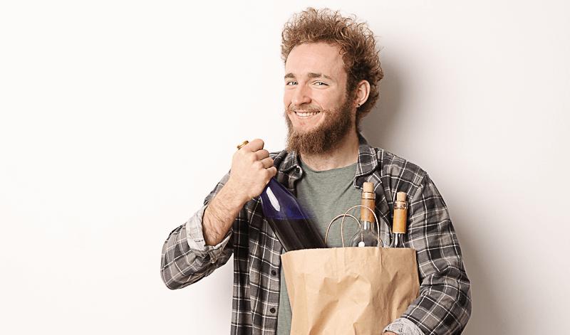 Korken ziehen ohne Korkenzieher - sieben geniale Methoden