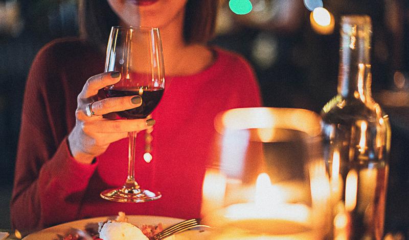Valentinstag: Infos & Tipps rund um aphrodisierende Getränke