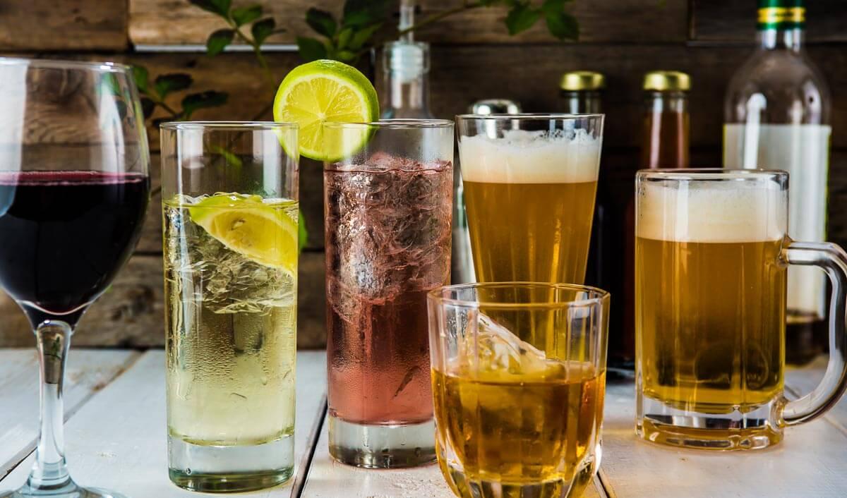 Wie viele Kalorien haben eigentlich alkoholische Getränke?