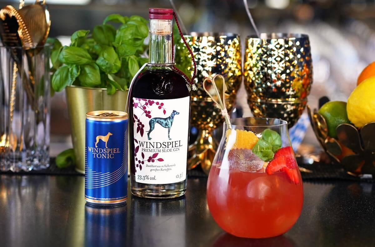 Ein hervorragender Sloe Gin kommt aus der Windspiel Manufaktur.