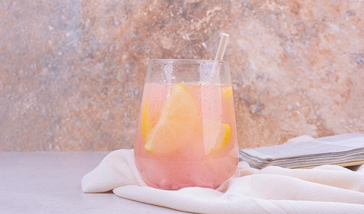 Ob fermentiert, mit Kräutern oder rein fruchtig - Limonadensorten gibt es für jeden Geschamck!