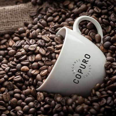 Copuro Bio Espresso Ganze Bohne Beauty Shot