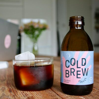 12x Pure Black Ethiopia Bio - Cold Brew Coffee Beauty Shot