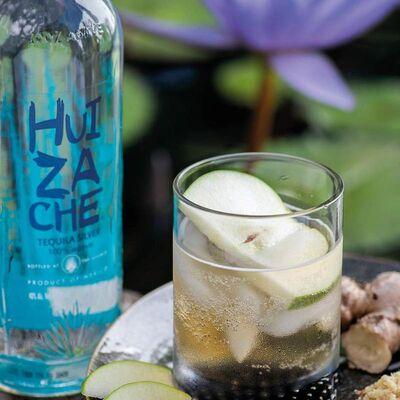 Huizache Tequila Blanco Beauty Shot