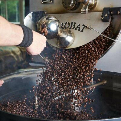Kaffeeglück - 3x Craft Kaffee von Indie Roasters (1x Kaffee 4 | 6 + 1x Kaffee 7 | 3 + 1x Kaffee 10 | 0) Beauty Shot