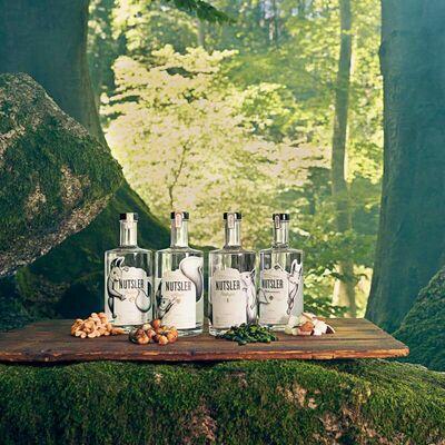 Nutsler Kokoswasser - Kokosnussspirituose Beauty Shot